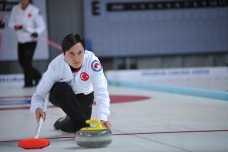 Curling heyecanı başladı