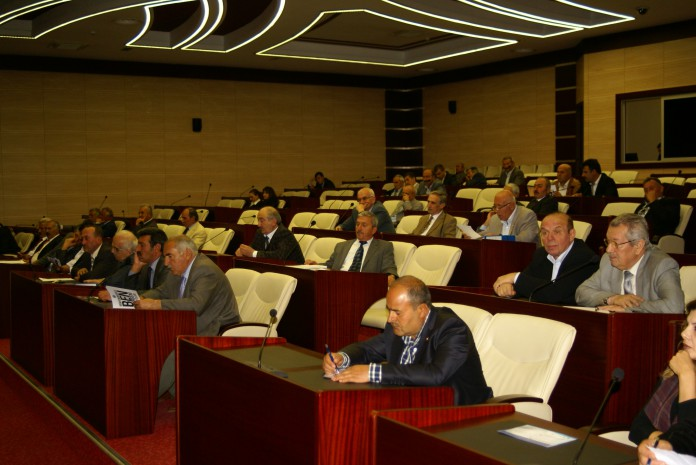 İl Genel Meclisinde oturum vurgunu