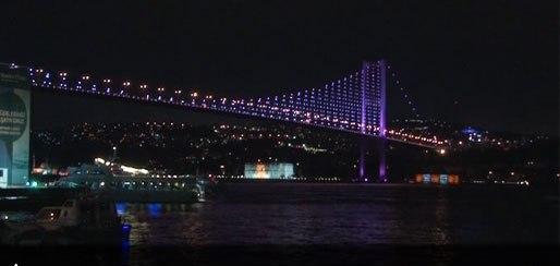 İstanbul pembeye boyandı
