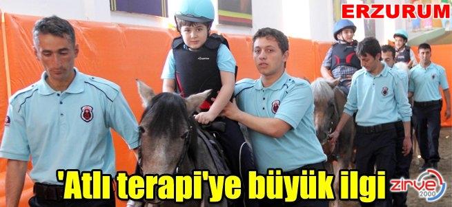 'Atlı terapi' merkezi büyük ilgi görüyor