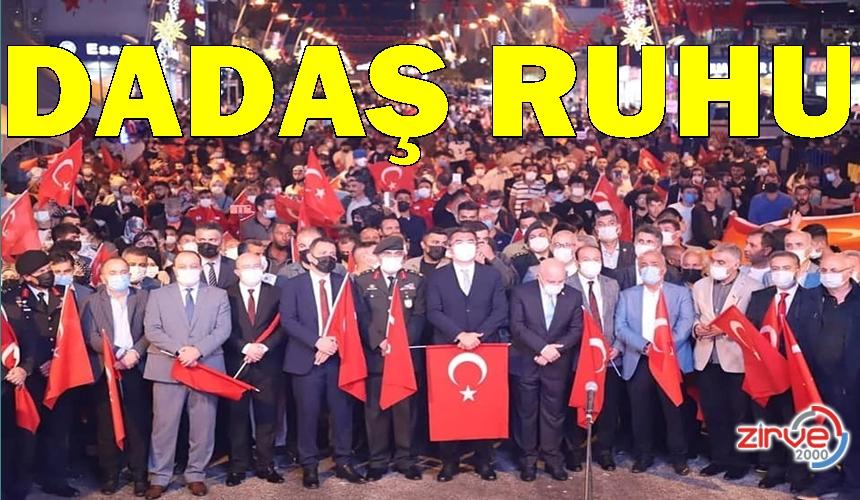 BİNLERCE DADAŞ DEMOKRASİ NÖBETİNDEYDİ